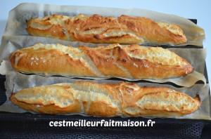 Baguettes sans p trissage c 39 est meilleur fait maison for Baguette de pain maison