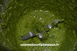 Couronne briochée au pesto et au camembert rôti