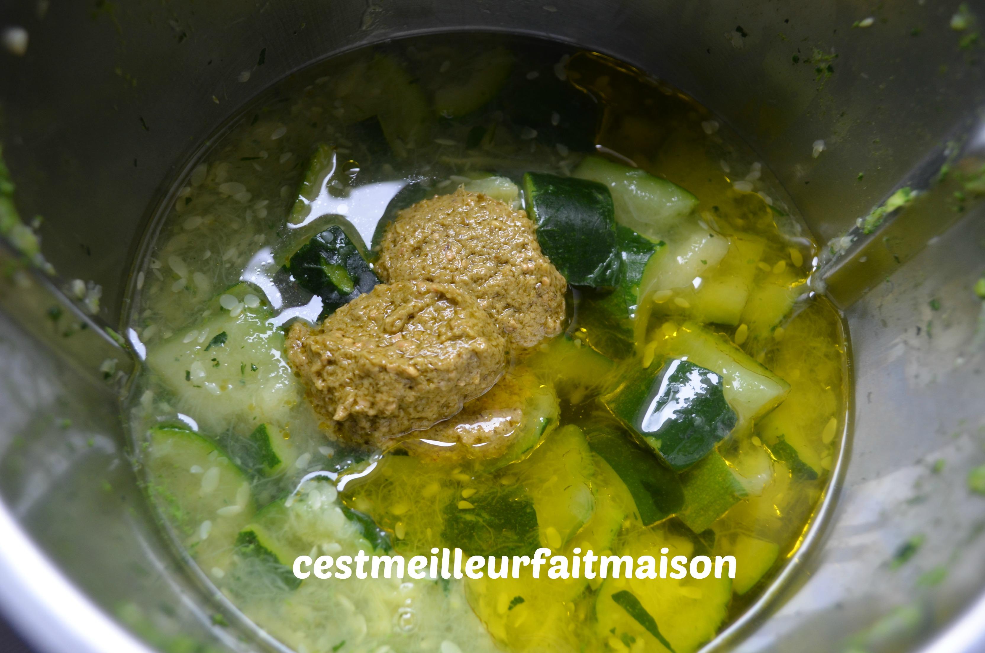 Gaspacho de courgettes au basilic